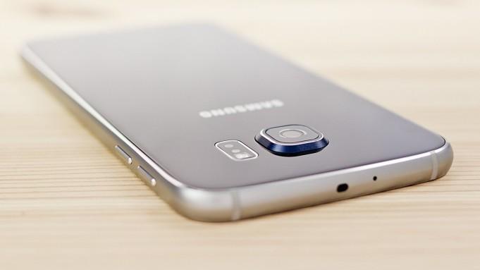 Samsung Galaxy S6 vs Sony Xperia Z5