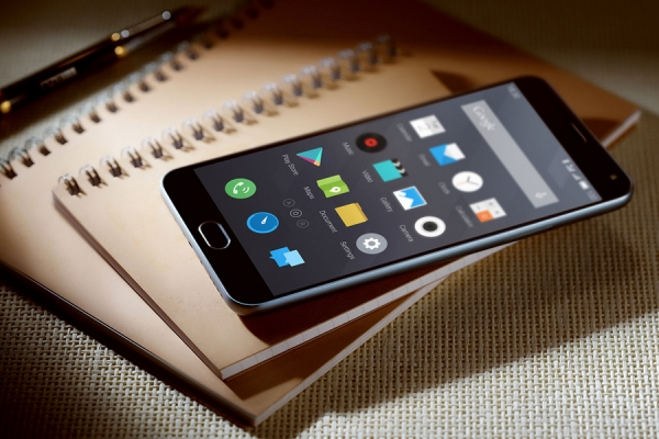 Xiaomi Mi4i vs Huawei P8 Lite