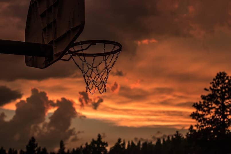 metodos para jugar baloncesto en android