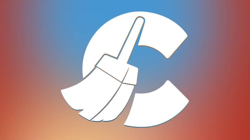 logo multicolor de ccleaner