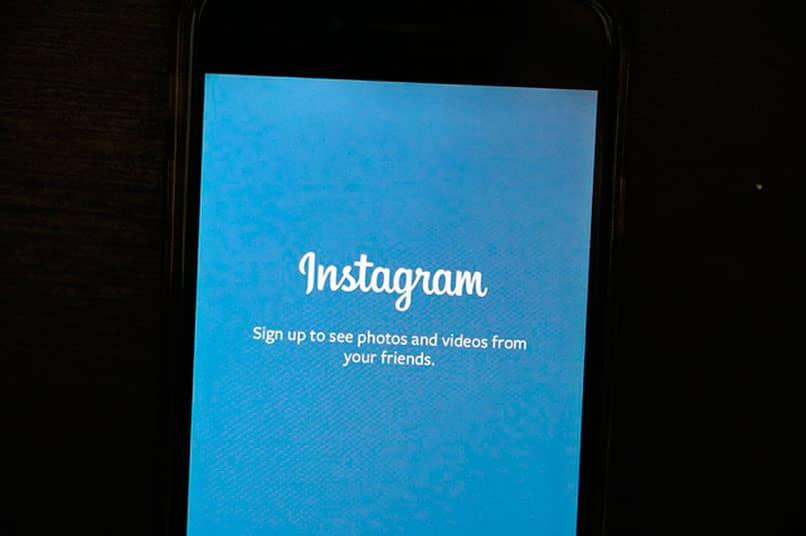 Como descargar Boomerang APK de Instagram en el móvil