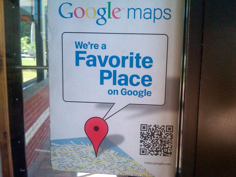 Letrero alusivo al uso de Google Maps