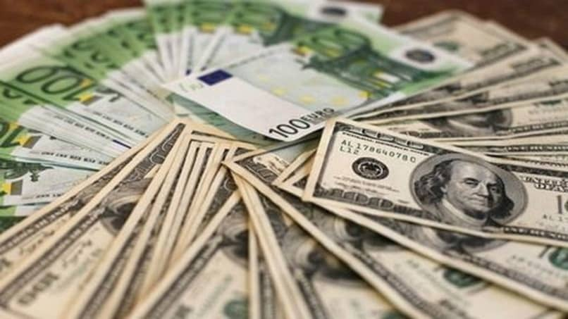 billetes cambio dolares euros