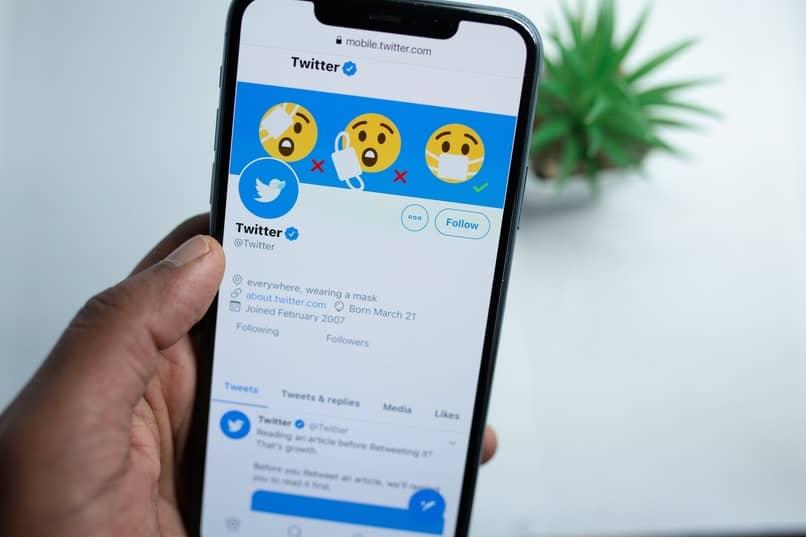 como utilizar aplicacion de twitter en moviles java