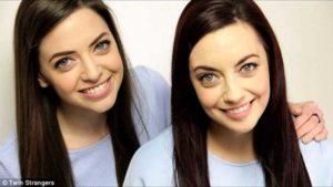 gemela encontrada en twin stranger