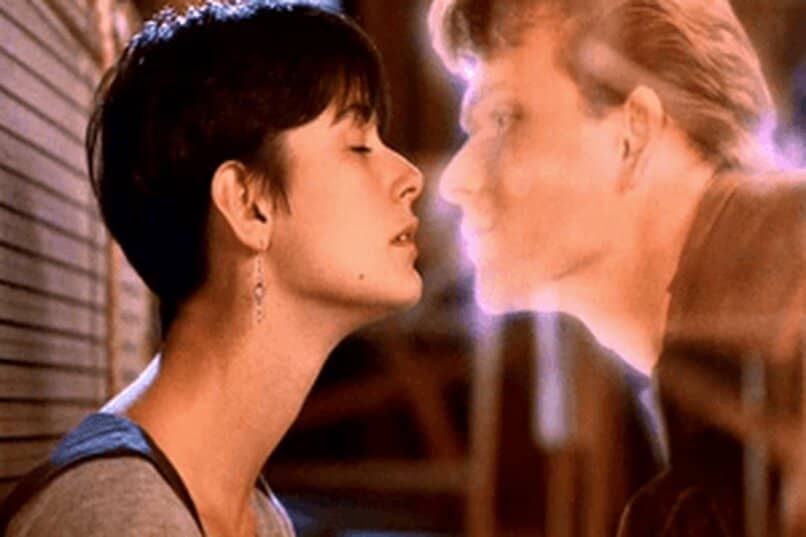 ghost sombra amor beso