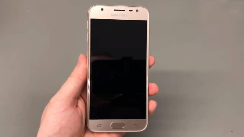 No enciende mi Samsung S6 qué debo hacer