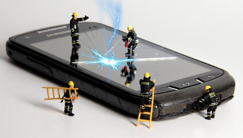 detectar corto circuito en el móvil