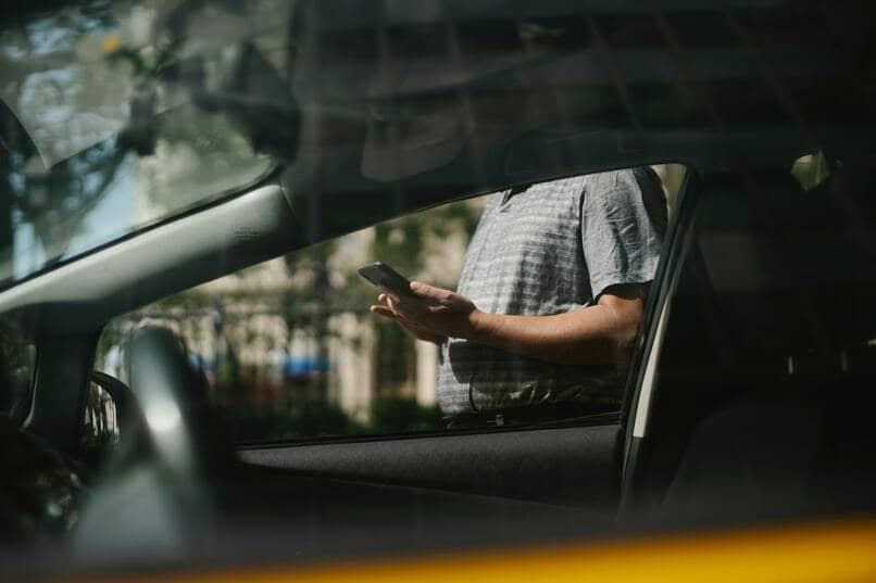 escanear un auto con el celular