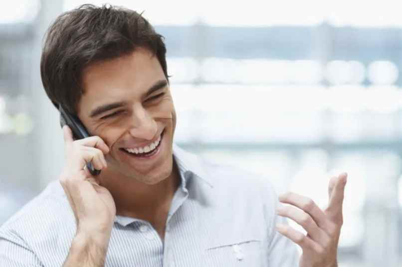celular llamadas importantes desviarlas
