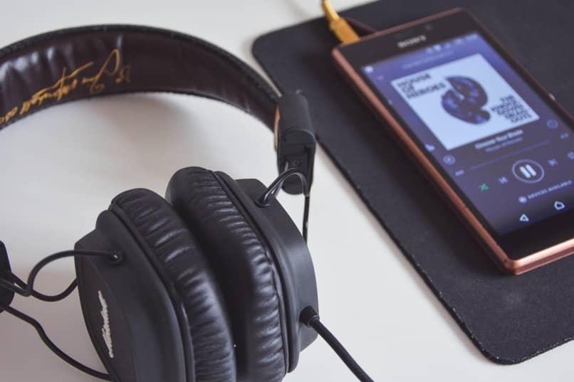 herramienta para reproducir video y audio en un celular android