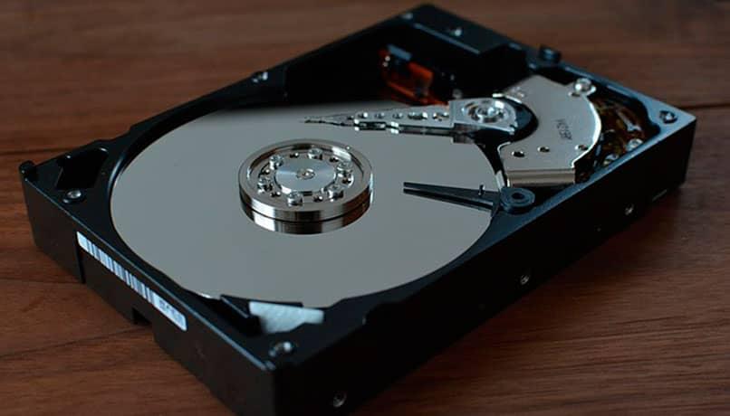 disco duro mecánico HDD