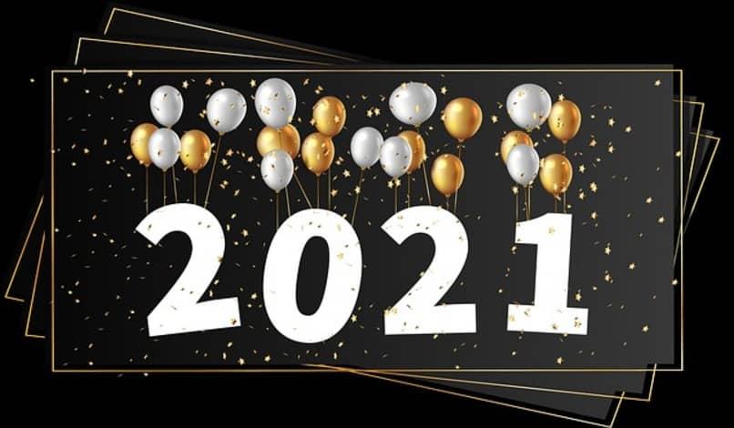 globos en el año nuevo 2021