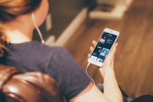 Escuchar música teléfono sin descargarla 1