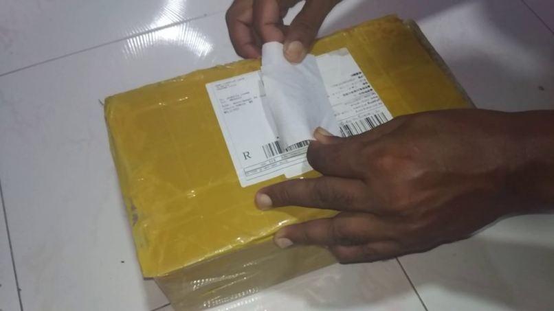 china paquete amarillo