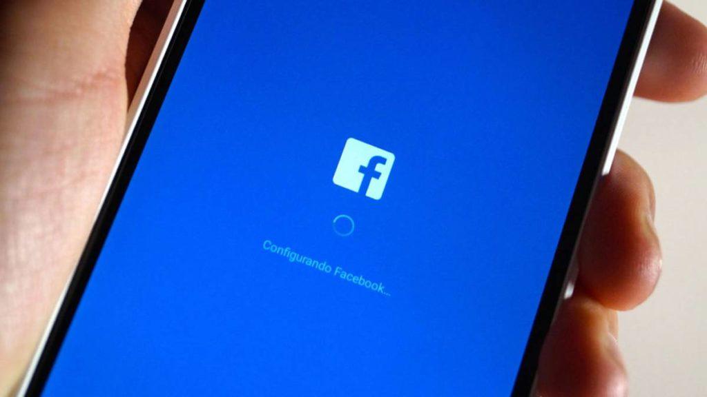 Facebook se cierra sólo 1