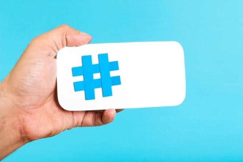 hashtag fondo azul