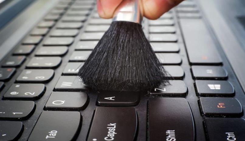 aprender limpiar teclados