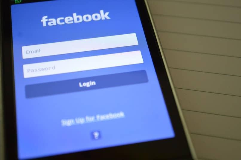 ingresando a facebook desde el movil