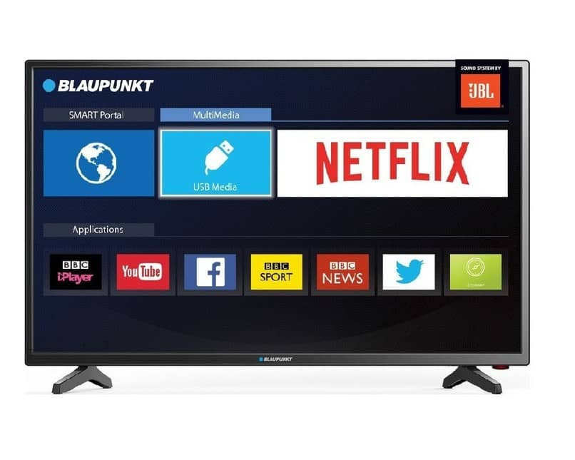 smart tv con la pantalla encendida y varias apps