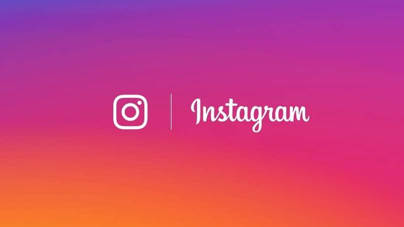 historia destacada en instagram