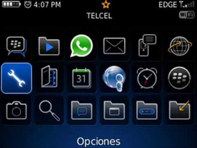 blackberry 9720 actualizar whatsapp