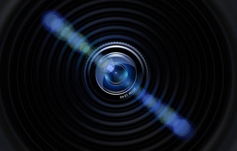 lente de una camara color negro