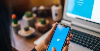 Cómo Activar el Modo Oscuro de Twitter en Android, iOS y Ordenadores