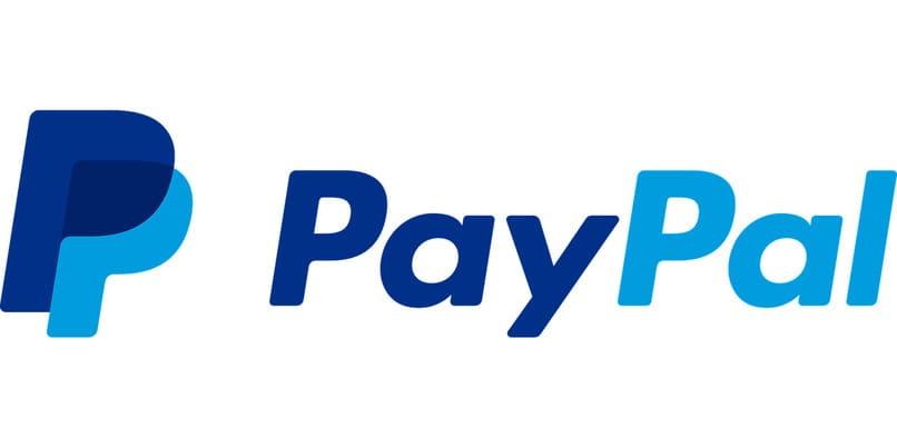 logo de paypal sobre un fondo blanco