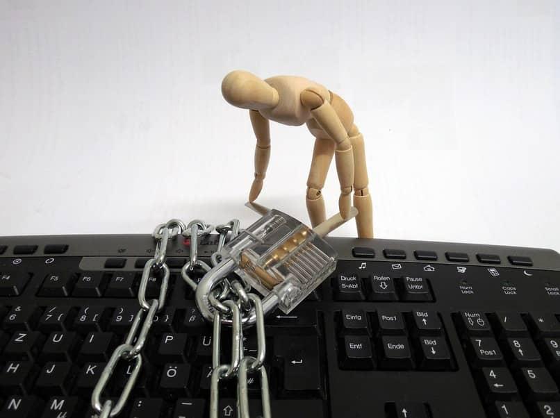 saber si me han hackeado la contraseña