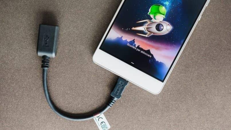 utilizar cable conectar computadora