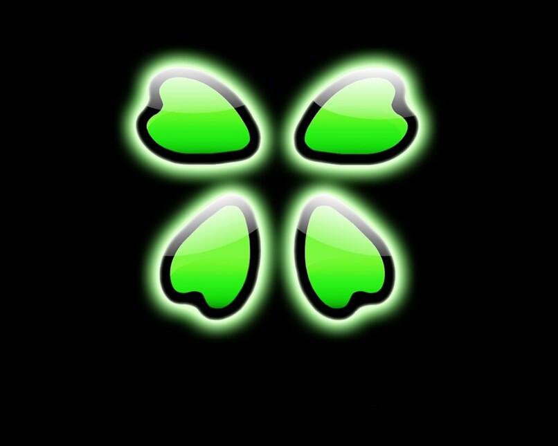 hojas de trebol del logo de 4chan