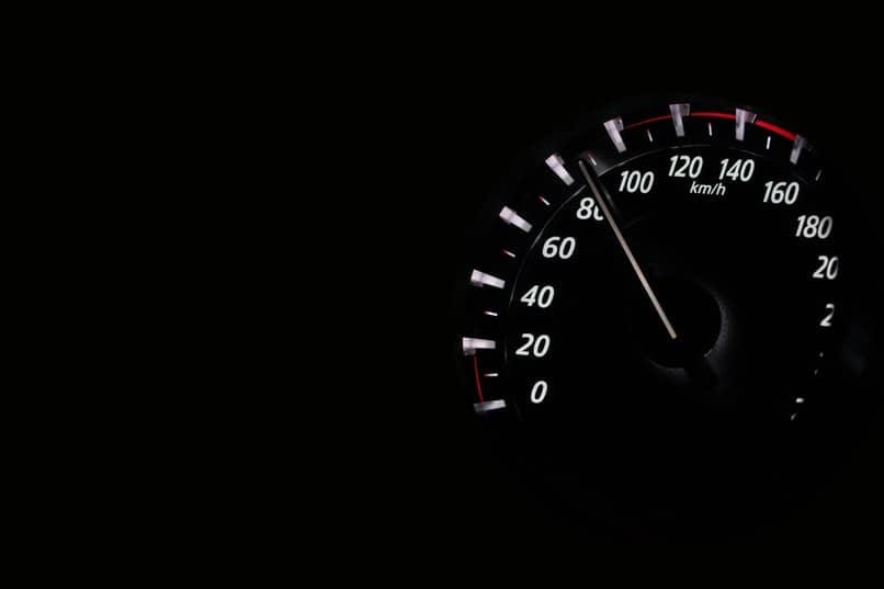 velocimetro ubicado en alta velocidad