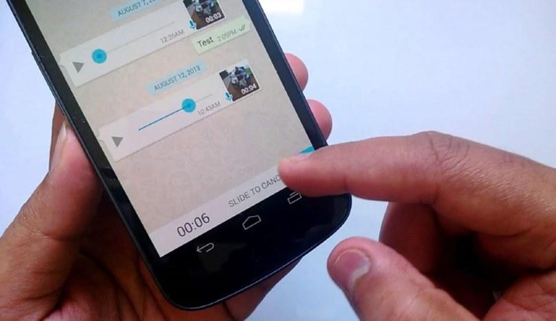 facil grabar llamadas audios whatsapp