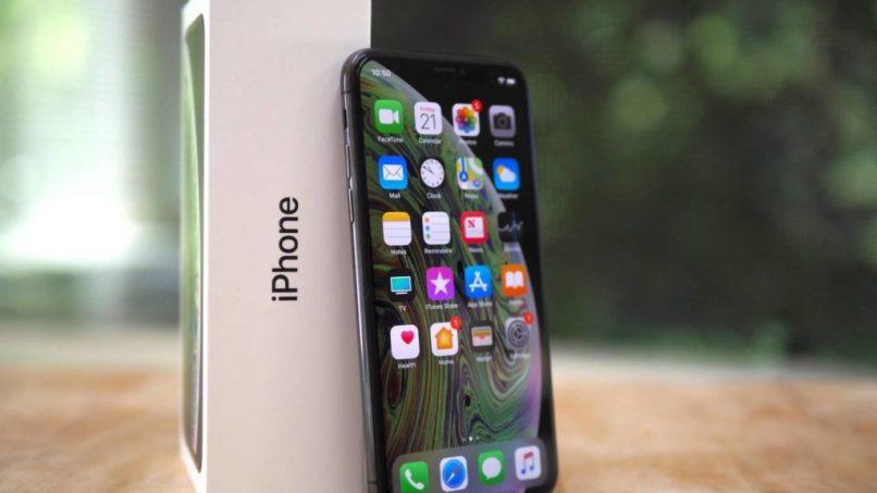 pantalla de aplicaciones de un iphone