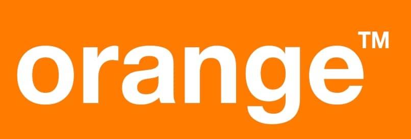 Formas de comunicarte con Orange si eres o no cliente