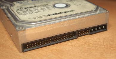 Cómo Instalar un Disco Duro IDE en un Ordenador de Escritorio o Portátil