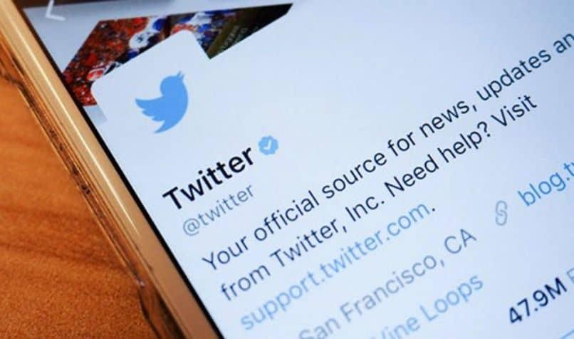 desarrollador twitter propio cuenta en movil