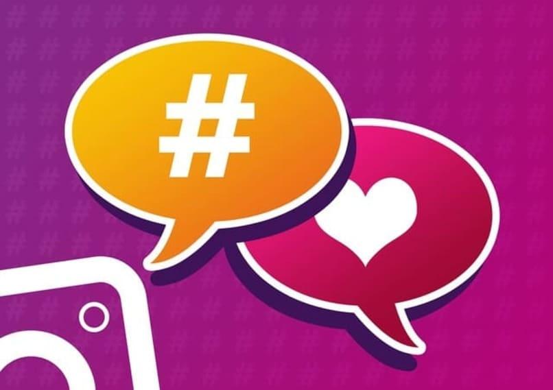 logo de instagram junto un hashtag y un corazon