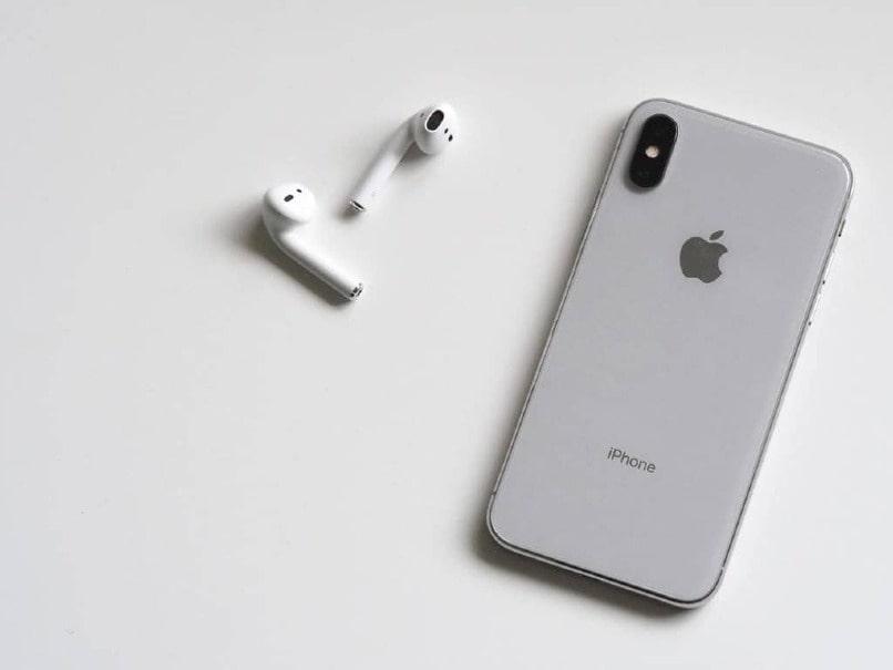 movil iphone blanco de apple