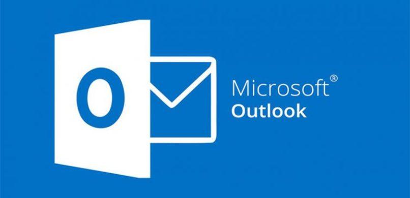 logo de microsoft outlook con fondo azul