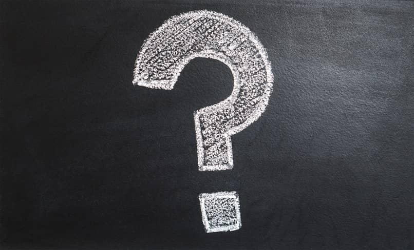 interrogantes en el juego preguntados en otro idioma