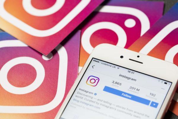 Acceso a Instagram desde un móvil