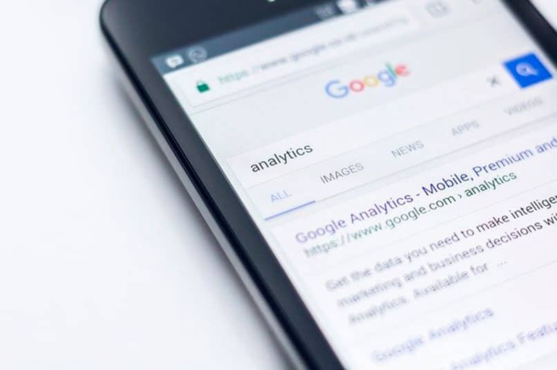 Móvil con Google Analitics