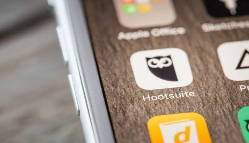 hootsuite programar pubblicaciones