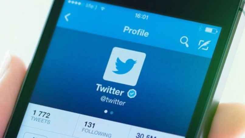 celular twitter
