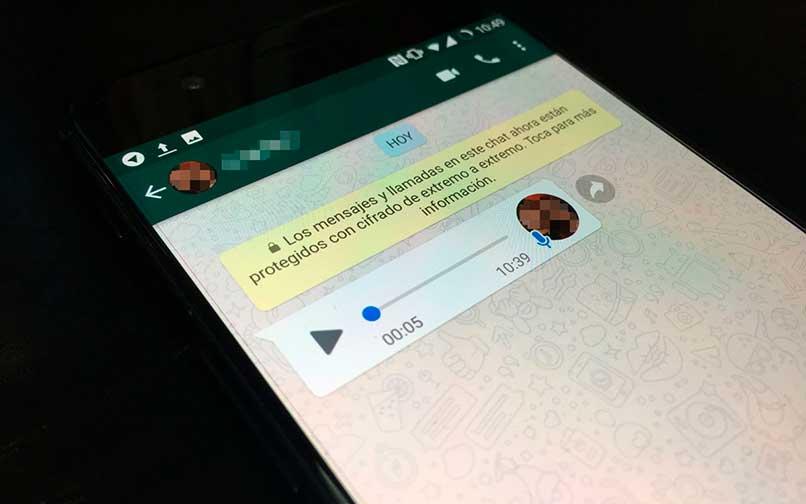 De voz a texto en WhatsApp