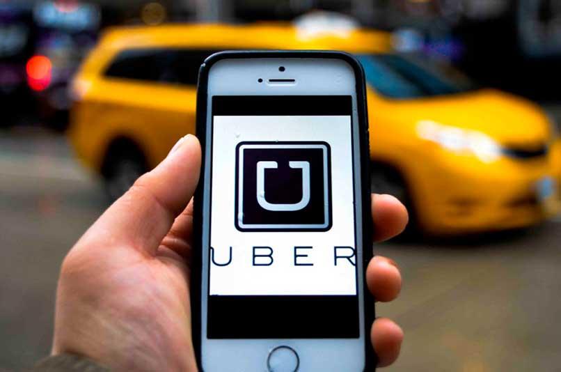 Solicitar tarifa para viajar en Uber