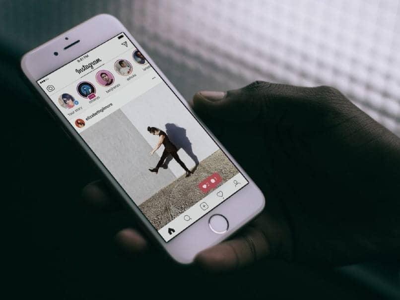instagram en iphone blanco