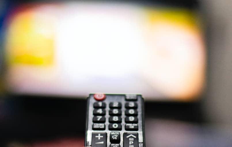 descarga aplicacion para ver canales de tv en vivo